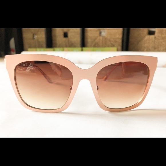 72ac3ee3259a9 Diff Lauren Akins Ella Rose Gold Sunglasses